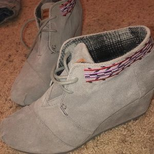 TOMS grey suede embroidered wedge booties